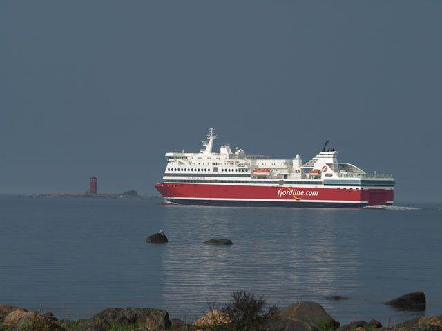 Am 30. Mai wurde die MS Oslofjord an Fjord Line übergeben - Bildquelle: STX Finland